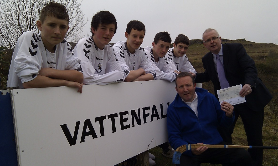 Skye Camanachd Youths Thank Sponsors Vattenfall.