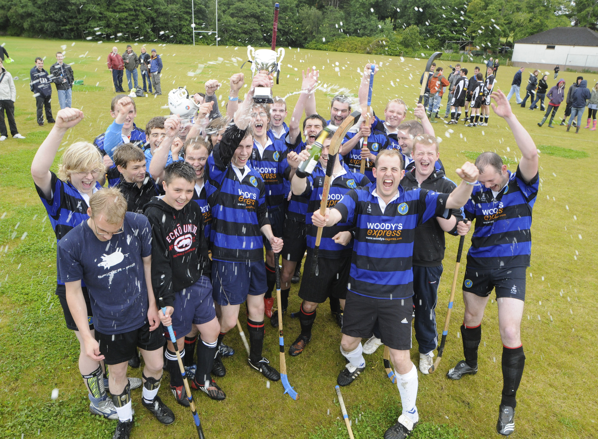 Lewis Camanachd Pipped For 2011 Sunday Mail & sportscotland Award